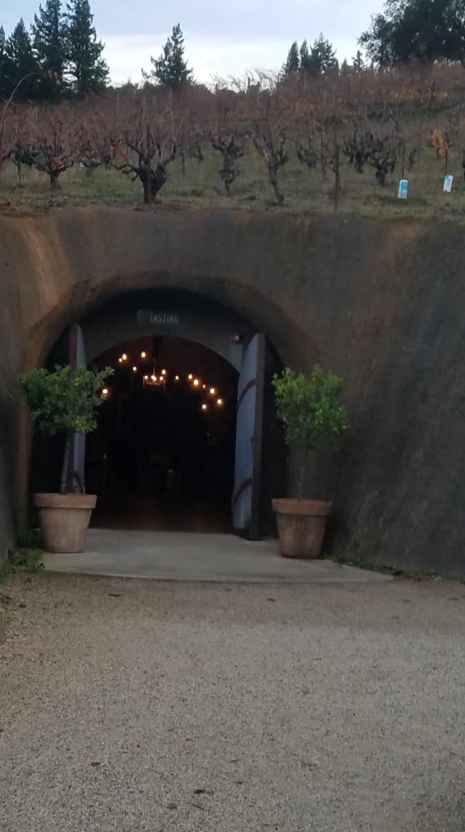bella cave4