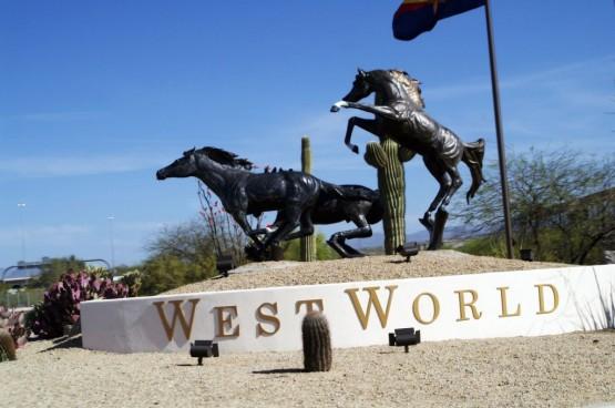 westworld statue 2